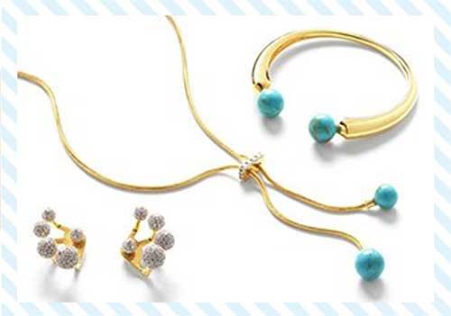 Fashion Bracelets: Bangles, Love Bracelets & More