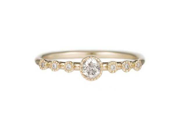 Round Diamond Dew Ring