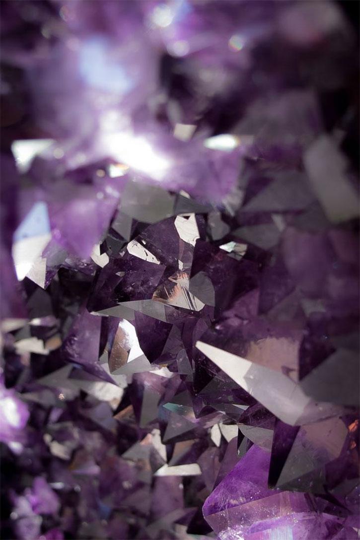 Amethyst Quartz Mineral