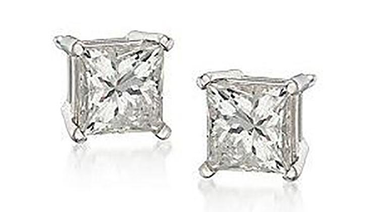 Diamond Stud Earrings under 300