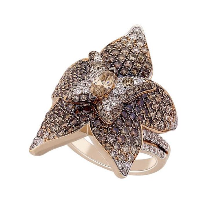 marquise-cut brown diamond
