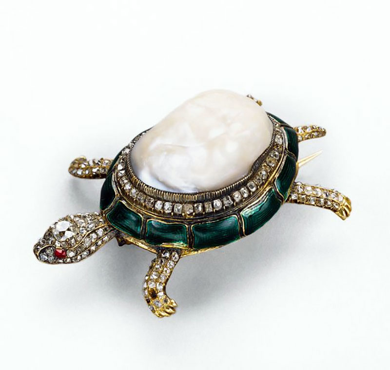 Baroque Pearl Turtle Brooch