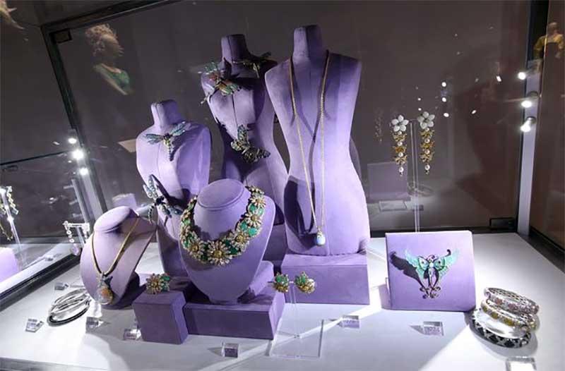 Elizabeth Taylor Famous Jewelry