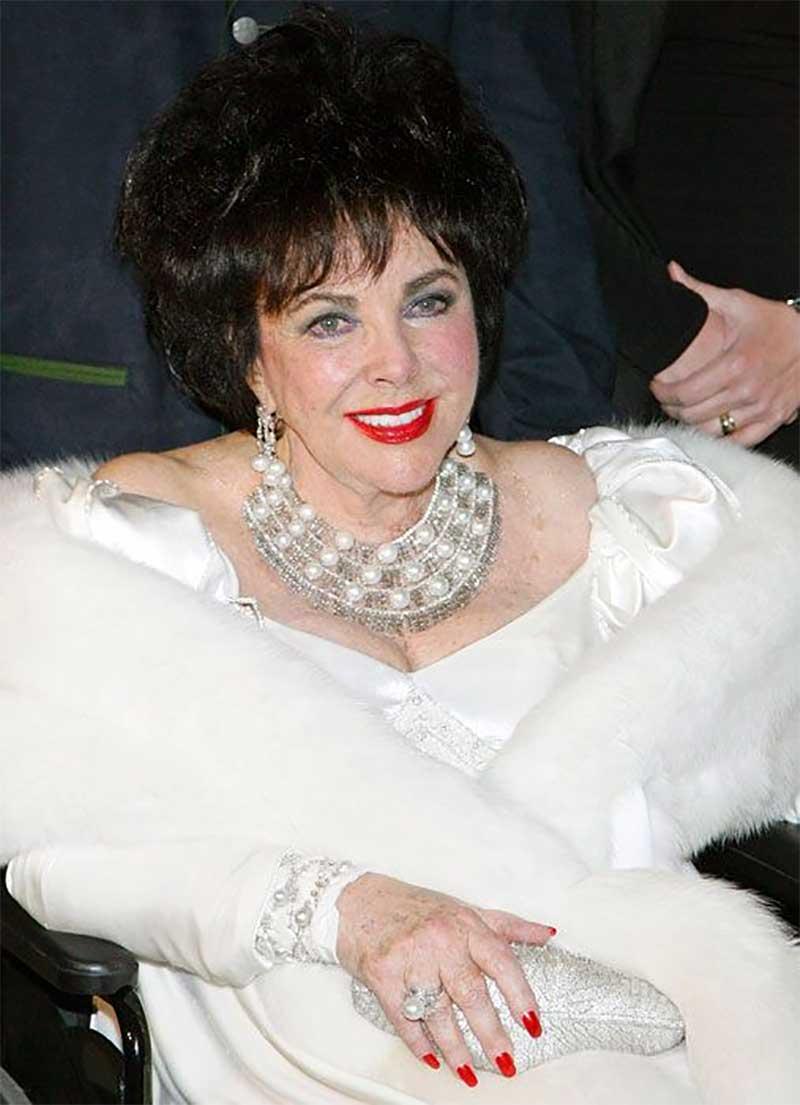 Elizabeth Taylor in 2007