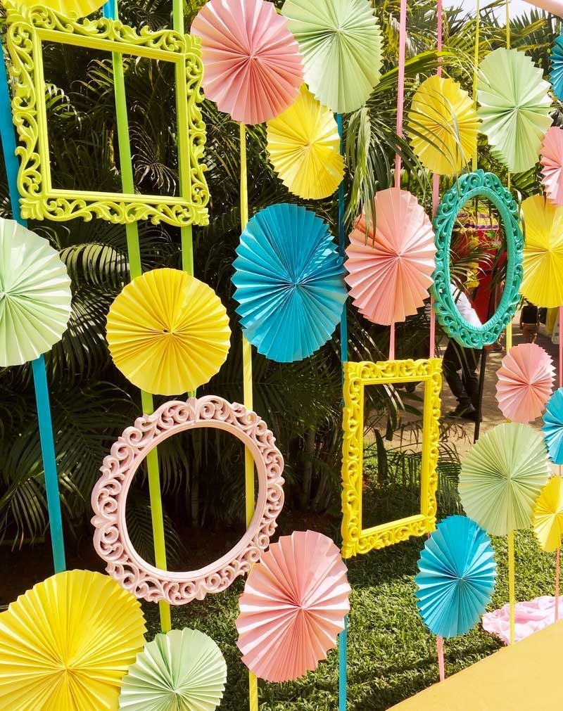Using Umbrellas For Wedding Decor